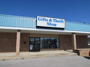 Gifts & Thrift
